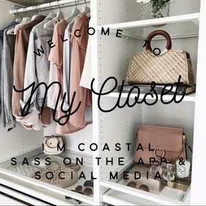 🍍Welcome🍍Shop with confidence in my closet💄👜⚓️